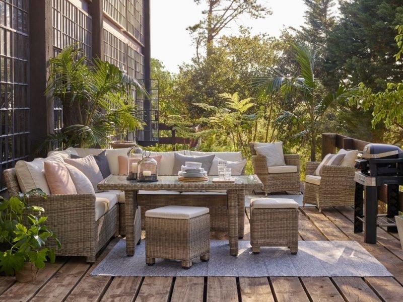 Guide to Choosing Garden Furniture